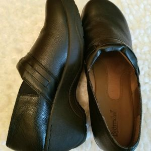 Bjorndal Wylie Black Leather Nonslip Clogs New 10M